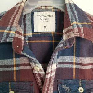 Abercrombie & Fitch Shirts - Ambercrombie &fitch's mens flannel long sleeve M